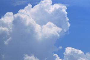 夏の代名詞、入道雲